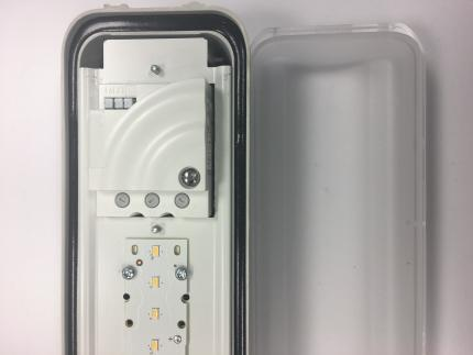 LED-Feuchtraumleuchte mit Bewegungsmelder ZALUX DUNA PRO S ST 1.2 ET D-PMMA HFS