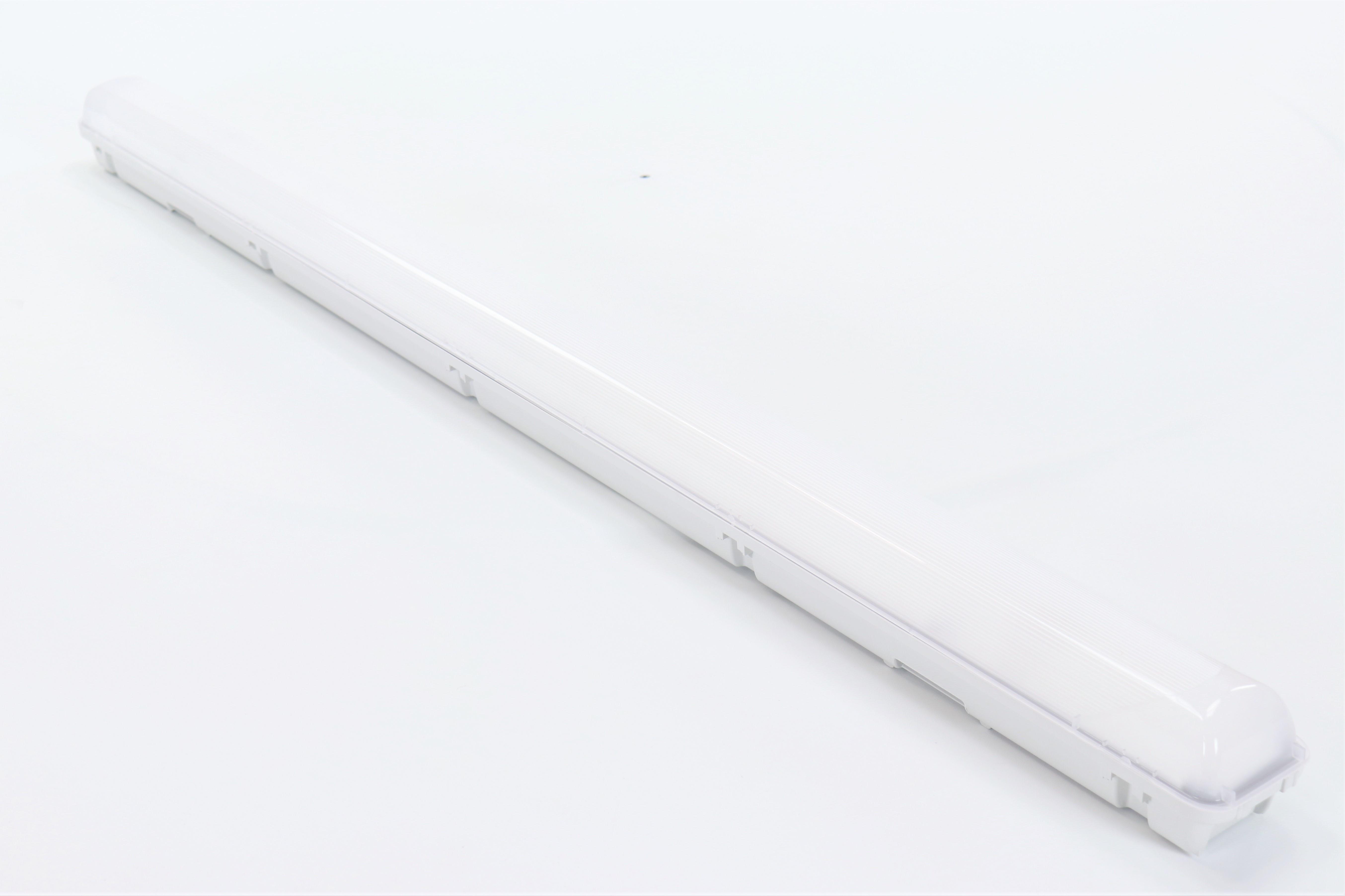 ZALUX LED-Feuchtraumleuchte Oleveon 1500 LED6000-840 ET PMMA TWS
